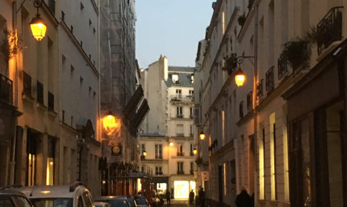 芸術の街フランス・パリであみぐるみの展示販売会を開催したい!